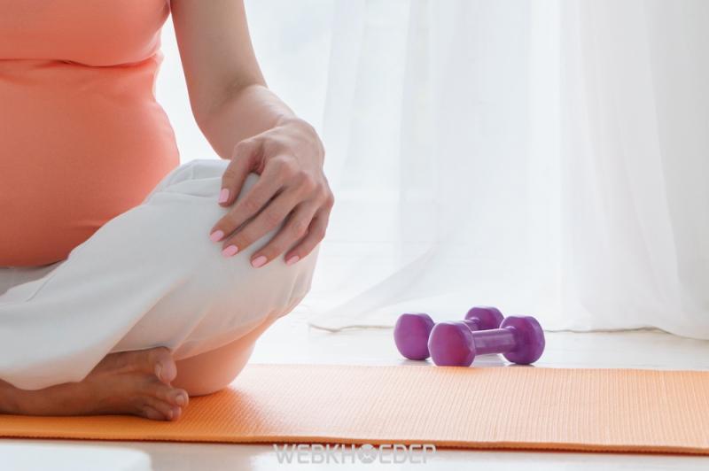 Nghỉ ngơi và thể dục phù hợp sẽ rất có lợi cho sức khỏe và tinh thần của mẹ bầu
