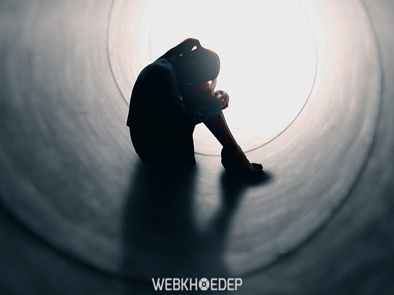Dấu hiệu của bệnh trầm cảm khi ở tuổi dậy thì thường là buồn chán và bị mệt mỏi