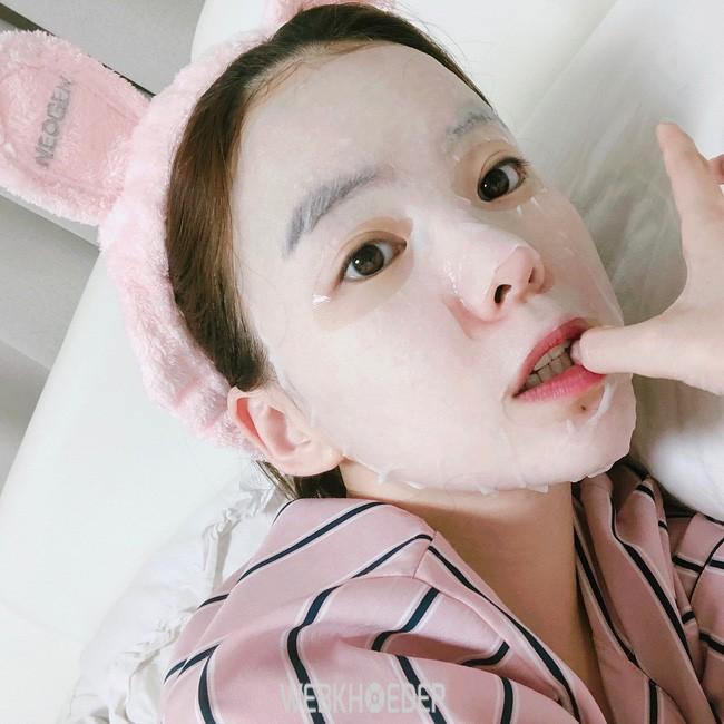 Đắp mặt nạ là bước chăm sóc da đón tết cực đơn giản để da luôn sáng mịn