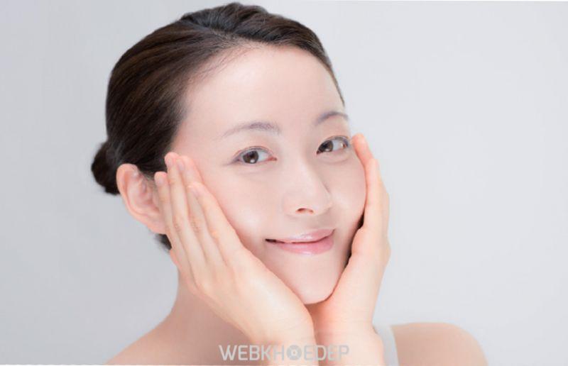 Giữ da mặt thật sạch sẽ giúp da khỏe mạnh và sáng khỏe hơn