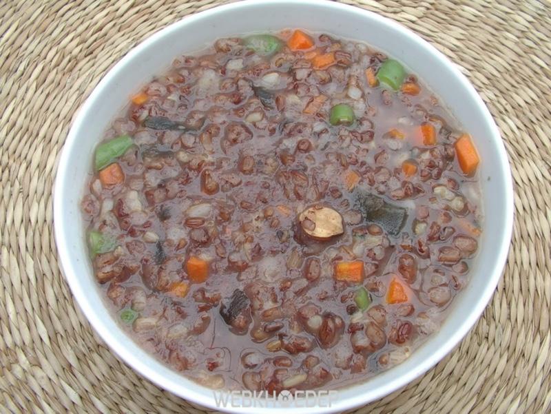 Món cháo gạo lứt thơm ngon với màu sắc và mùi vị đặc biệt