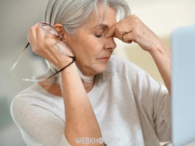 Tác dụng tinh dầu đinh hương giúp giảm căng thẳng mệt mỏi