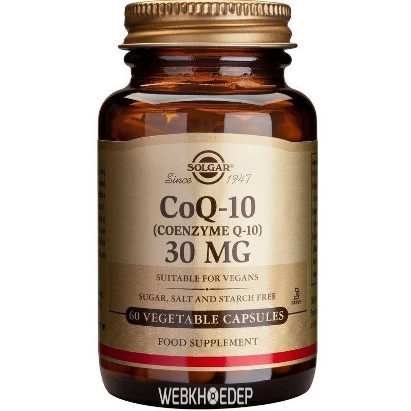Người lớn tuổi dùng Solgar CoQ-10 để giúp tim mạch khỏe mạnh và ngừa bệnh