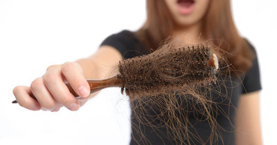 20 nguyên nhân tóc rụng nhiều ở nam lẫn nữ và cách khắc phục
