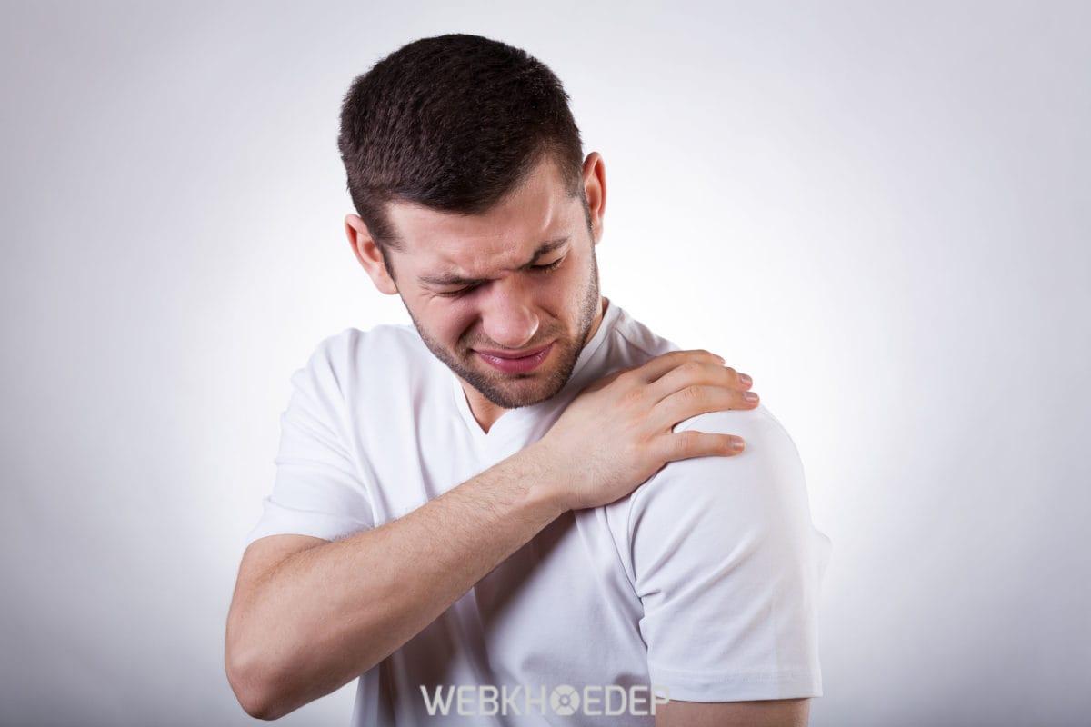 Những cơn đau cơ vai có thể do những trách nhiệm, gánh nặng trong cuộc sống