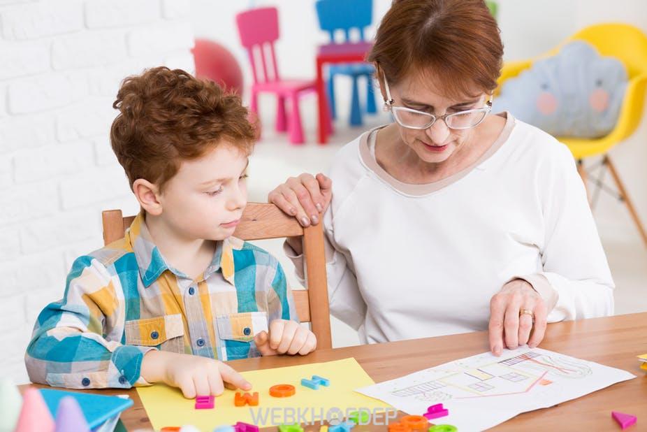 Trẻ tự kỷ cần được can thiệp sớm