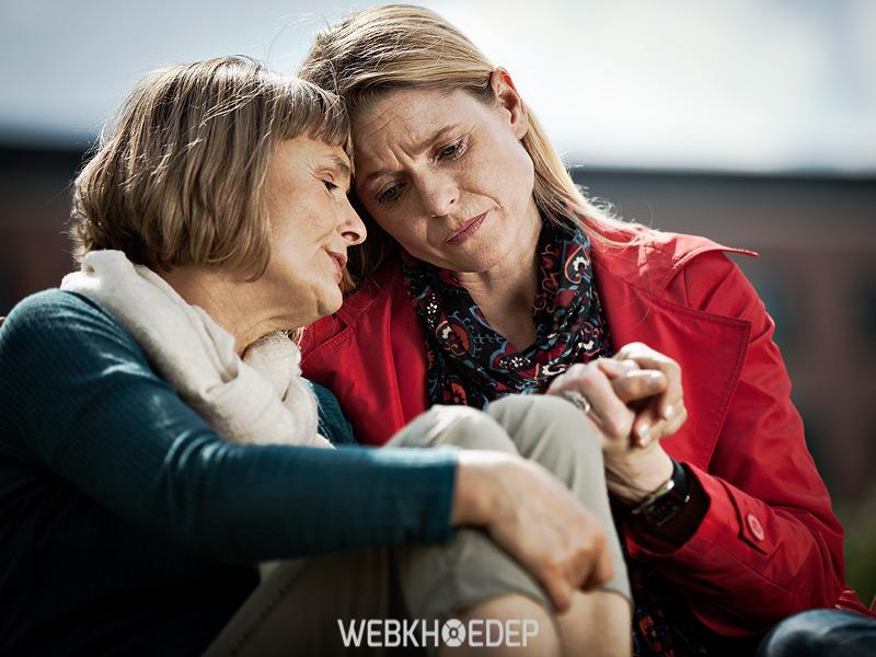 Việc chăm sóc người già bị trầm cảm điều gì cần chú ý nhất để khiến họ có niềm tin hơn vào cuộc sống?