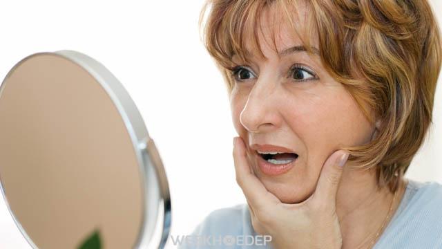 Các dấu hiệu lão hóa trên da ngày càng rõ rệt ở độ tuổi 40