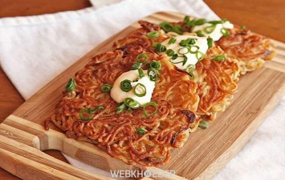 Các cách chế biến món ăn từ mì gói cho tối trời mưa - Hình 4