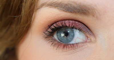 Cách trang điểm Mascara cho đôi mắt đẹp tự nhiên và ấn tượng