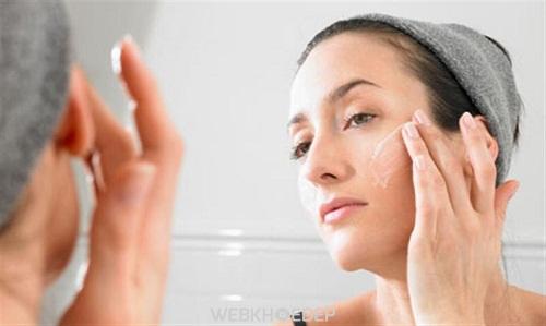 Hiệu quả trị mụn bất ngờ từ kem đánh răng
