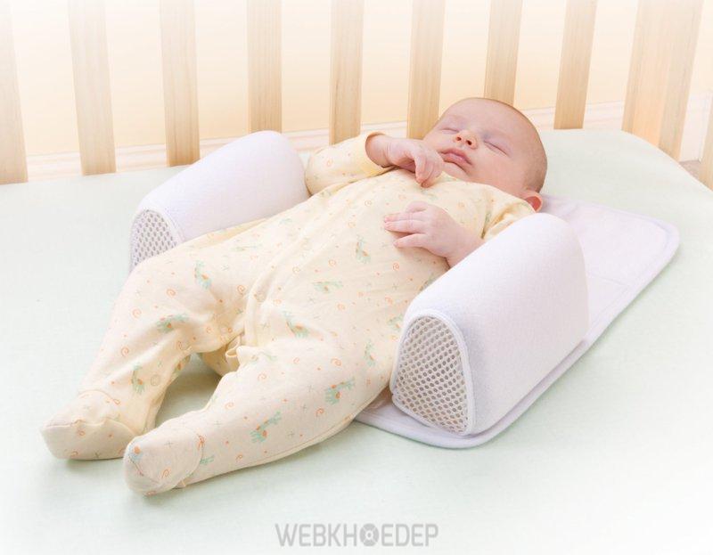 Các loại gối chặn cho bé ngủ là rất cần thiết