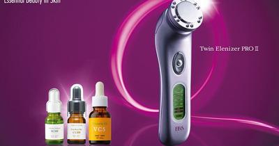 Có nên dùng máy massage mặt da mụn nhiều dầu hở lỗ chân lông không