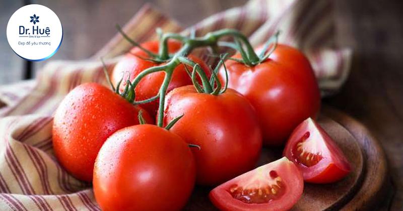 Đắp mặt bằng cà chua có tác dụng gì đối với da mặt trong làm đẹp