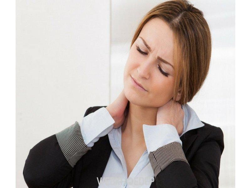 Đau cổ vai gáy – Căn bệnh của dân văn phòng - Hình 1