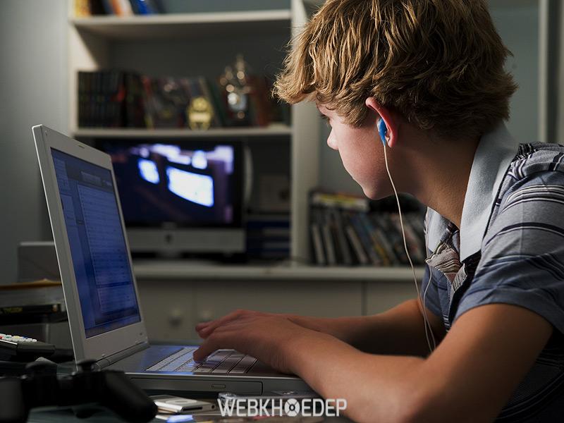 Nghiện Internet có thể thành bệnh phổ biến nếu không quan tâm kịp thời