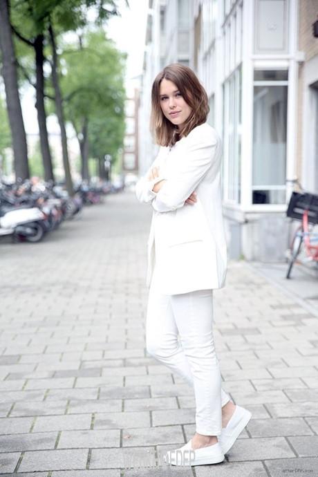Mách nước cho bạn gái cách phối quần jeans trắng - Hình 7