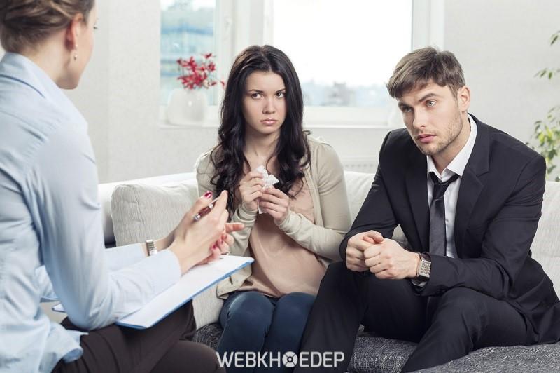 Tìm kiếm sự giúp đỡ từ các chuyên gia tâm lý là một cách cứu vãn mối quan hệ