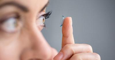 Ortho K là gì, kính ortho-k giá bao nhiêu tiền, hướng dẫn cách đeo hiệu quả