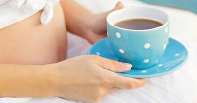 Phụ nữ mang thai có nên uống cà phê hay không?