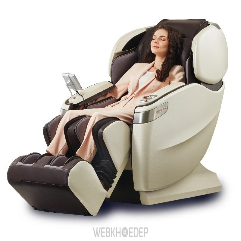 Ghế massage toàn thân OGAWA sở hữu gần đầy đủ các tính năng massage hiện đại