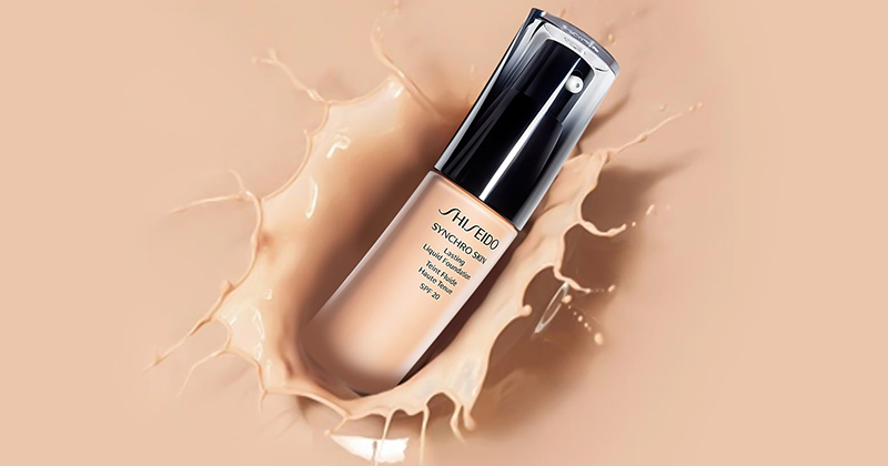 Review kem nền Shiseido Synchro Skin Lasting Liquid Foundation