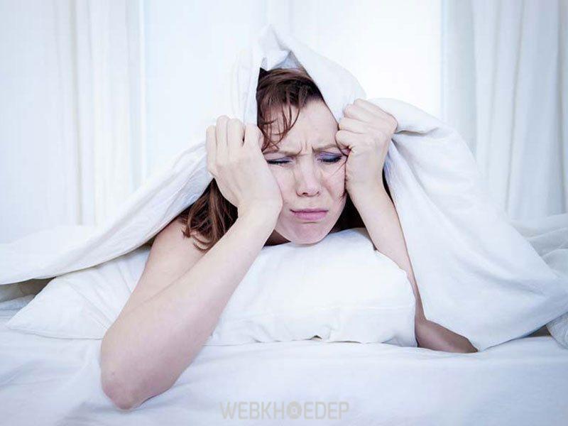 Triệu chứng mất ngủ của người bệnh