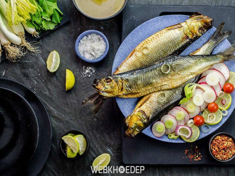 Trong chế độ ăn uống ung thư buồng trứng thì cá là thành phần không thể bỏ qua