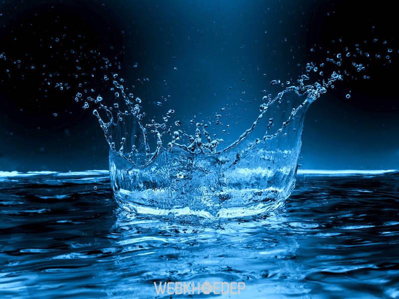 Bệnh nhân ung thư buồng trứng nên uống đủ nước mỗi ngày