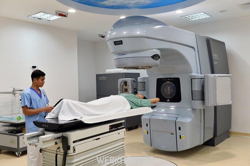 Chữa trị ung thư cổ tử cung bằng phương pháp xạ trị