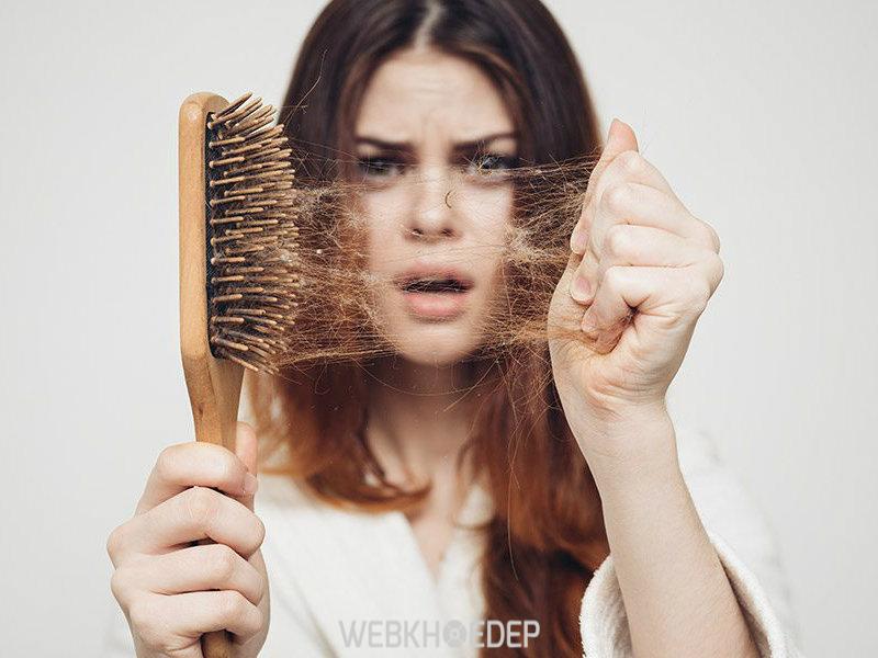 Tóc rụng nhiều cũng là triệu chứng của ung thư da đầu