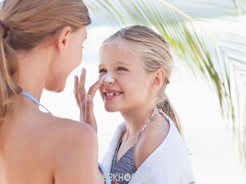 Sử dụng kem chống nắng là phương pháp bảo vệ da hiệu quả