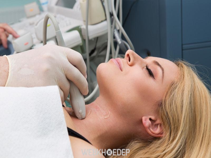 Phụ nữ thường có nguy cơ mắc phải ung thư tuyến giáp nhiều hơn nam giới